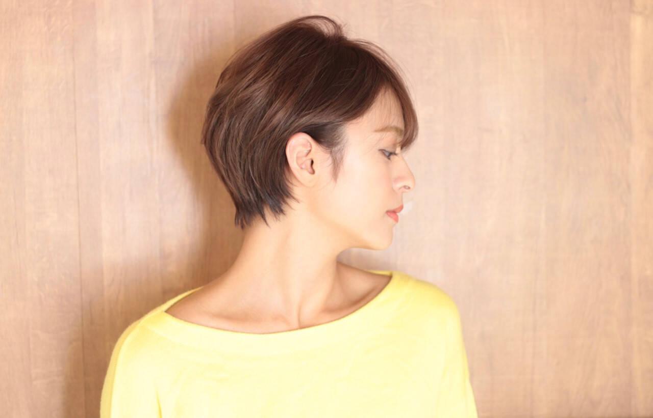 ショートヘア ナチュラル ショートボブ クールヘアスタイルや髪型の写真・画像