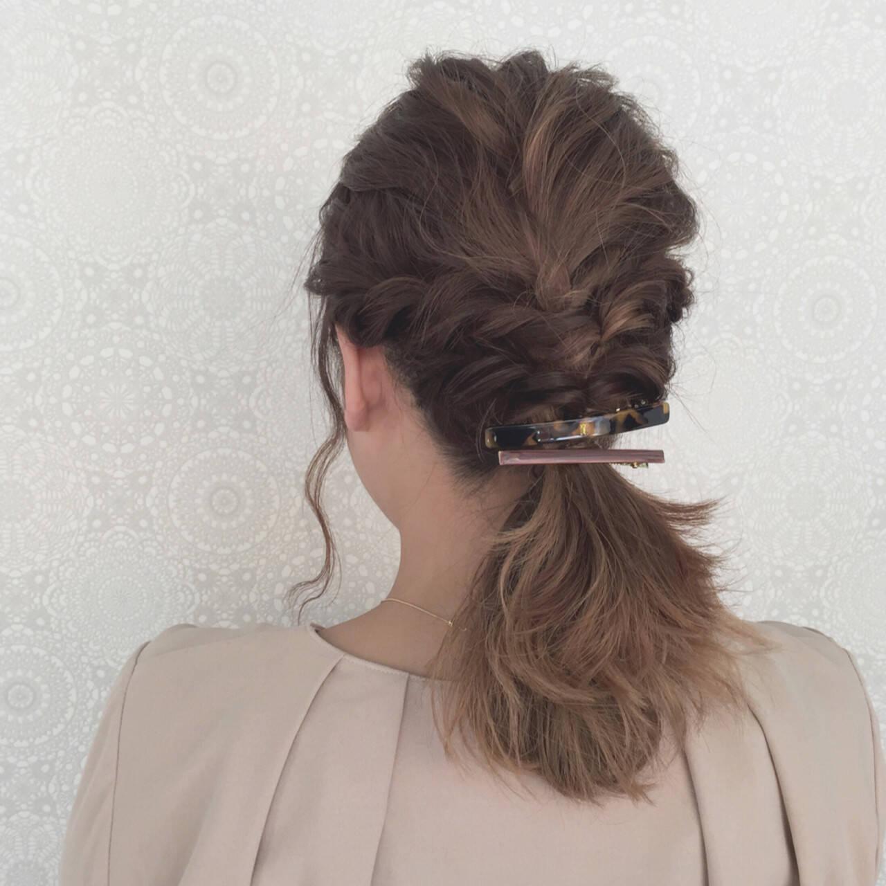 波ウェーブ ナチュラル ヘアアレンジ ツイストヘアスタイルや髪型の写真・画像