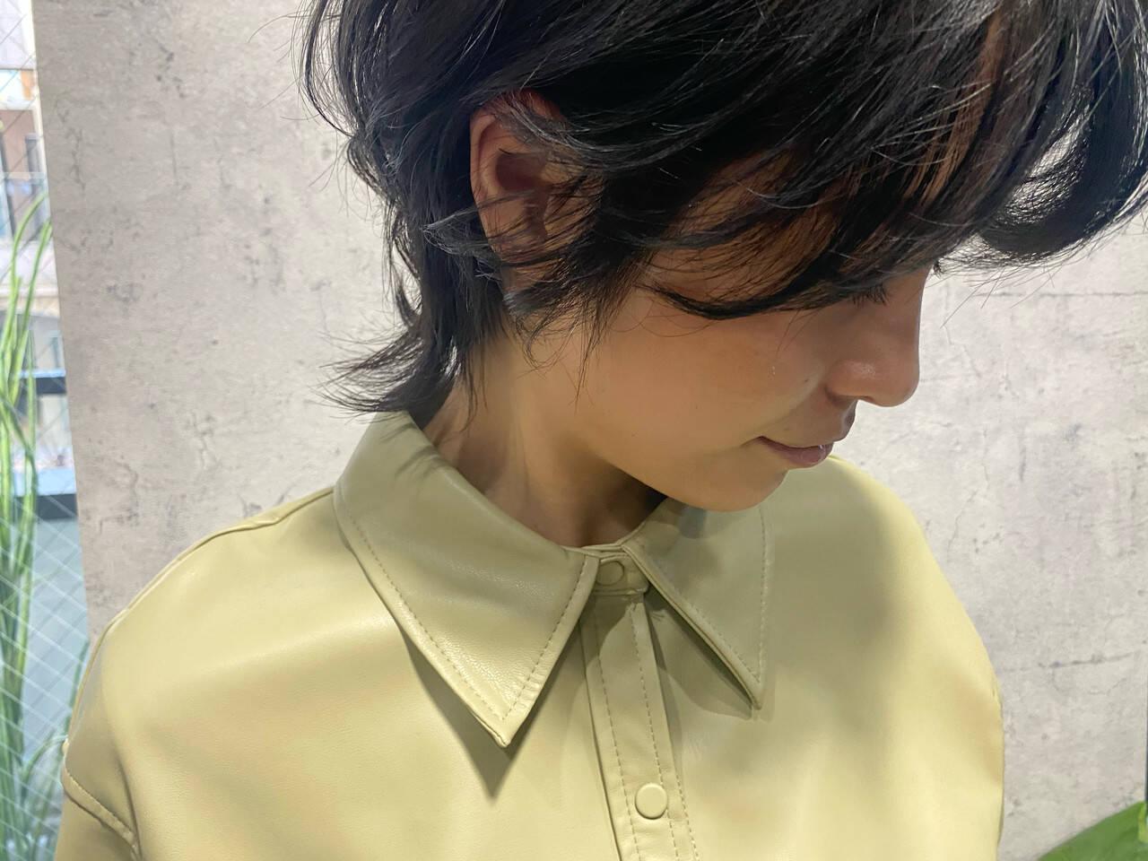 ニュアンスウルフ ウルフ女子 ウルフカット ミディアムヘアスタイルや髪型の写真・画像