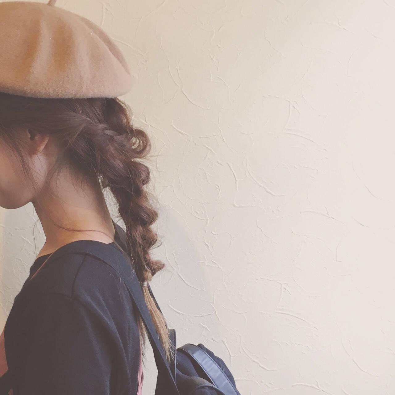 ベレー帽 ヘアアレンジ デート フェミニンヘアスタイルや髪型の写真・画像