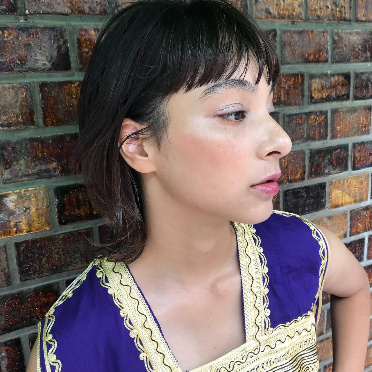 ウェットヘア 抜け感 女子力 レイヤーカットヘアスタイルや髪型の写真・画像
