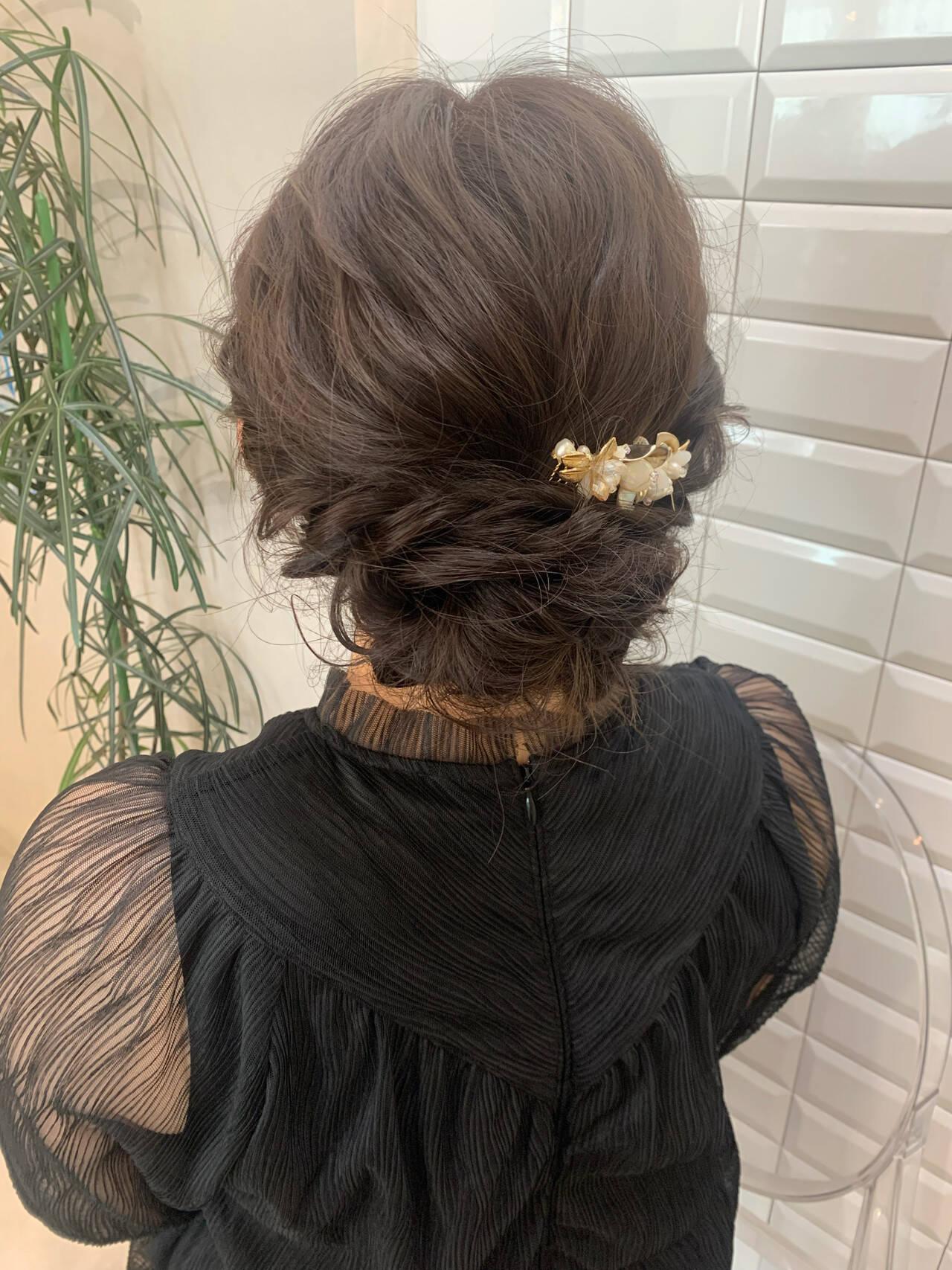 ふわふわヘアアレンジ 結婚式アレンジ ヘアセット ロングヘアスタイルや髪型の写真・画像