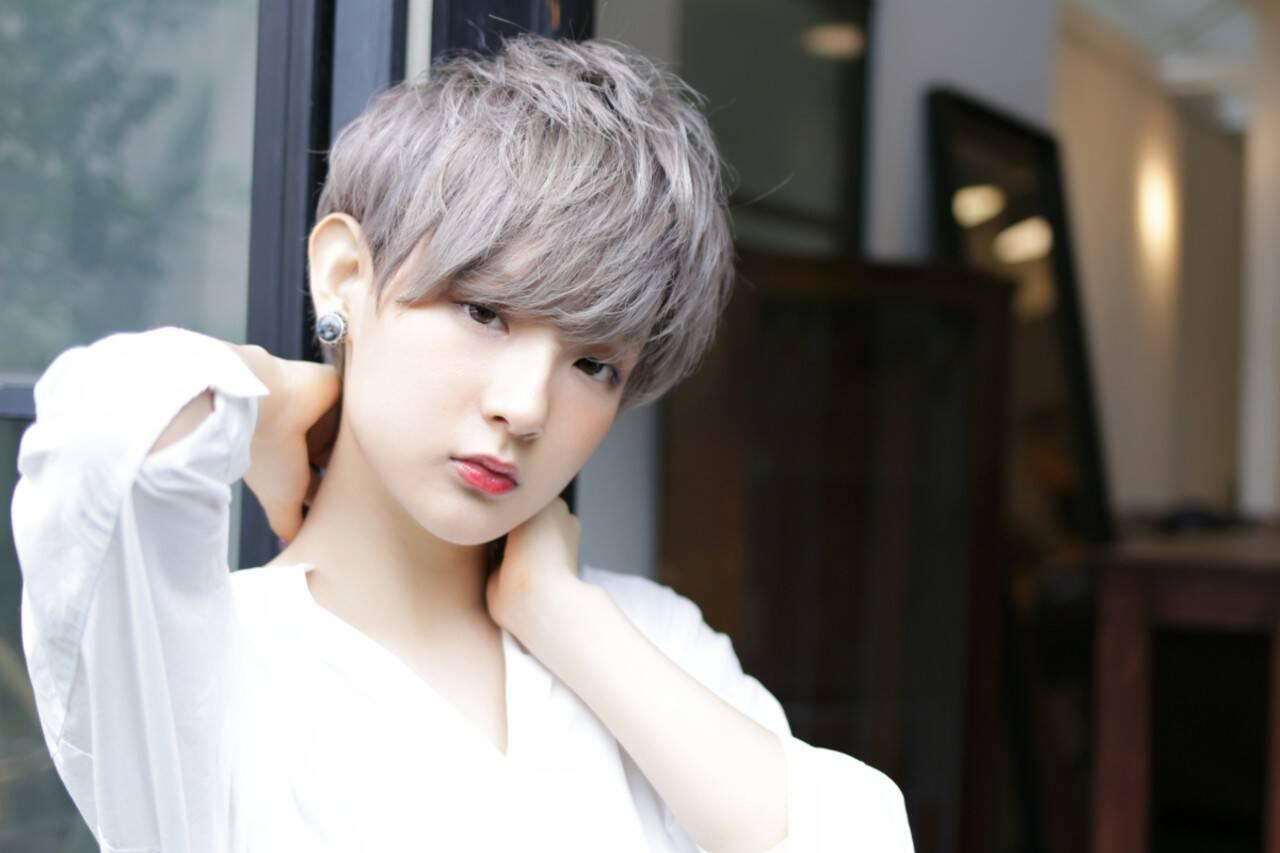 シルバーアッシュ ショート 外国人風カラー ストリートヘアスタイルや髪型の写真・画像