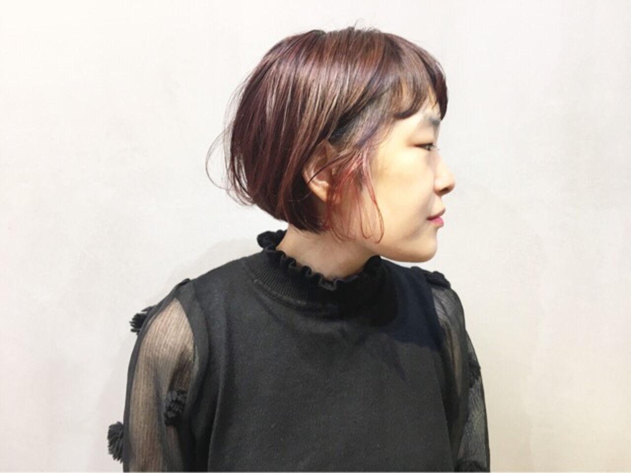 レッドブラウン ナチュラル カシスレッド チェリーレッドヘアスタイルや髪型の写真・画像