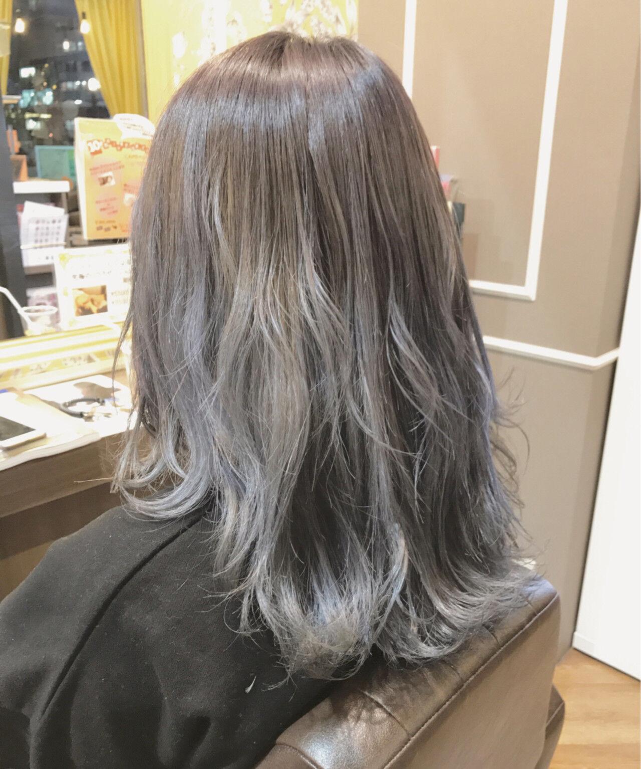 セミロング 外国人風カラー アッシュ ダブルカラーヘアスタイルや髪型の写真・画像