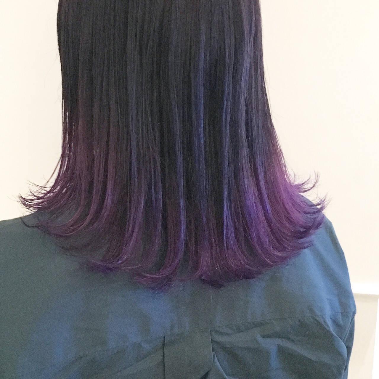 パープル グラデーションカラー ストリート ミディアムヘアスタイルや髪型の写真・画像