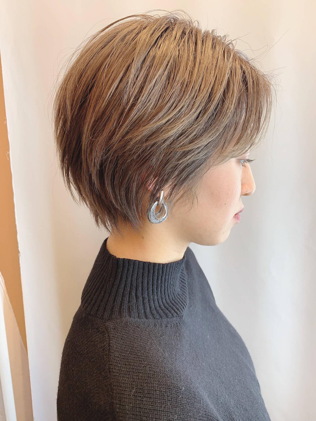 ベリーショート ショートヘア ナチュラル ハンサムショートヘアスタイルや髪型の写真・画像