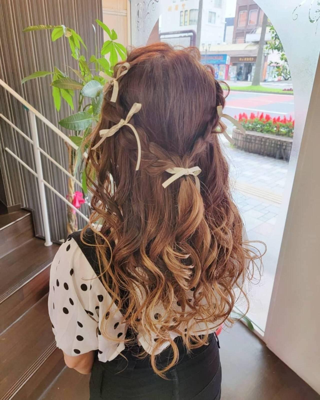 ヘアアレンジ 編み込みヘア ふわふわヘアアレンジ ロングヘアスタイルや髪型の写真・画像