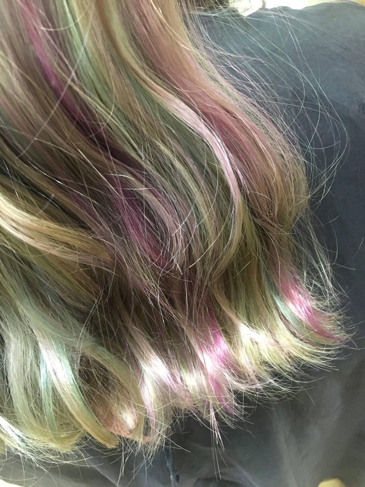 ロング ハイトーンカラー ユニコーンカラー パステルカラーヘアスタイルや髪型の写真・画像