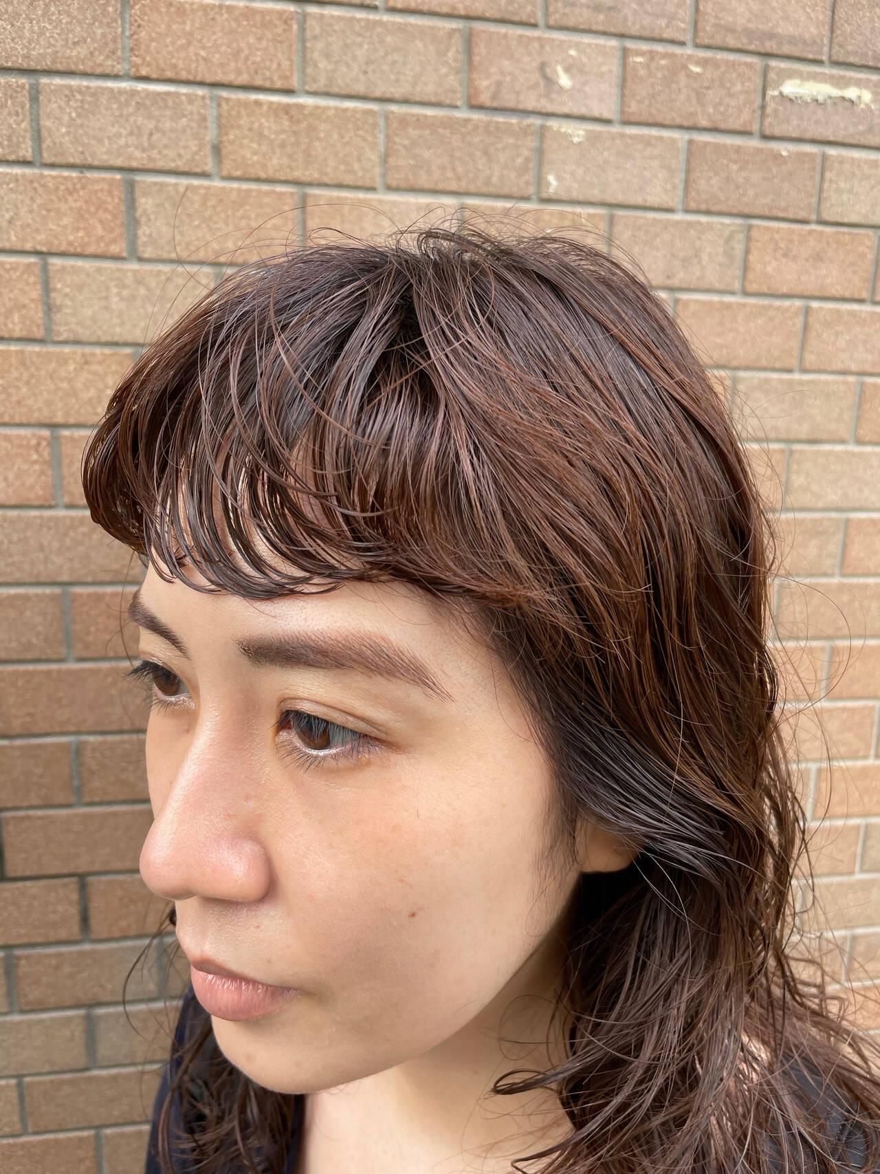 ナチュラル ゆるふわパーマ ウェーブヘア ロングヘアスタイルや髪型の写真・画像