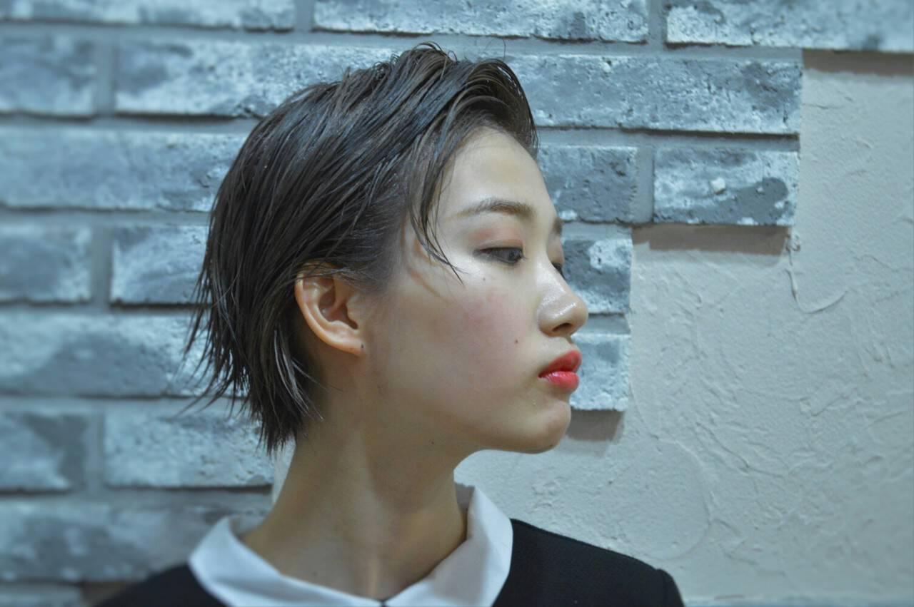 モード 黒髪 ジェンダーレス ウェットヘアヘアスタイルや髪型の写真・画像