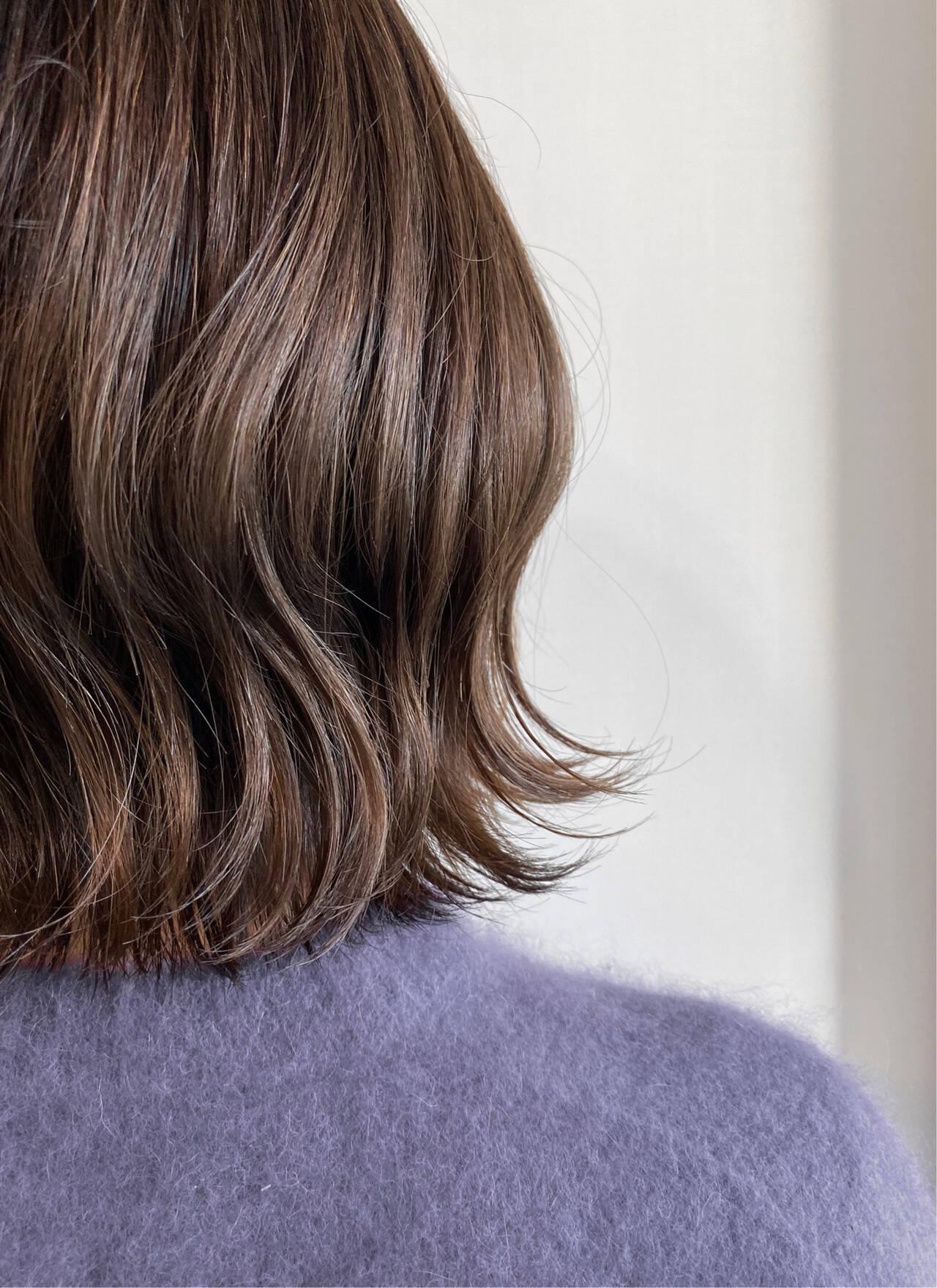外ハネボブ ナチュラル 外ハネ 切りっぱなしボブヘアスタイルや髪型の写真・画像