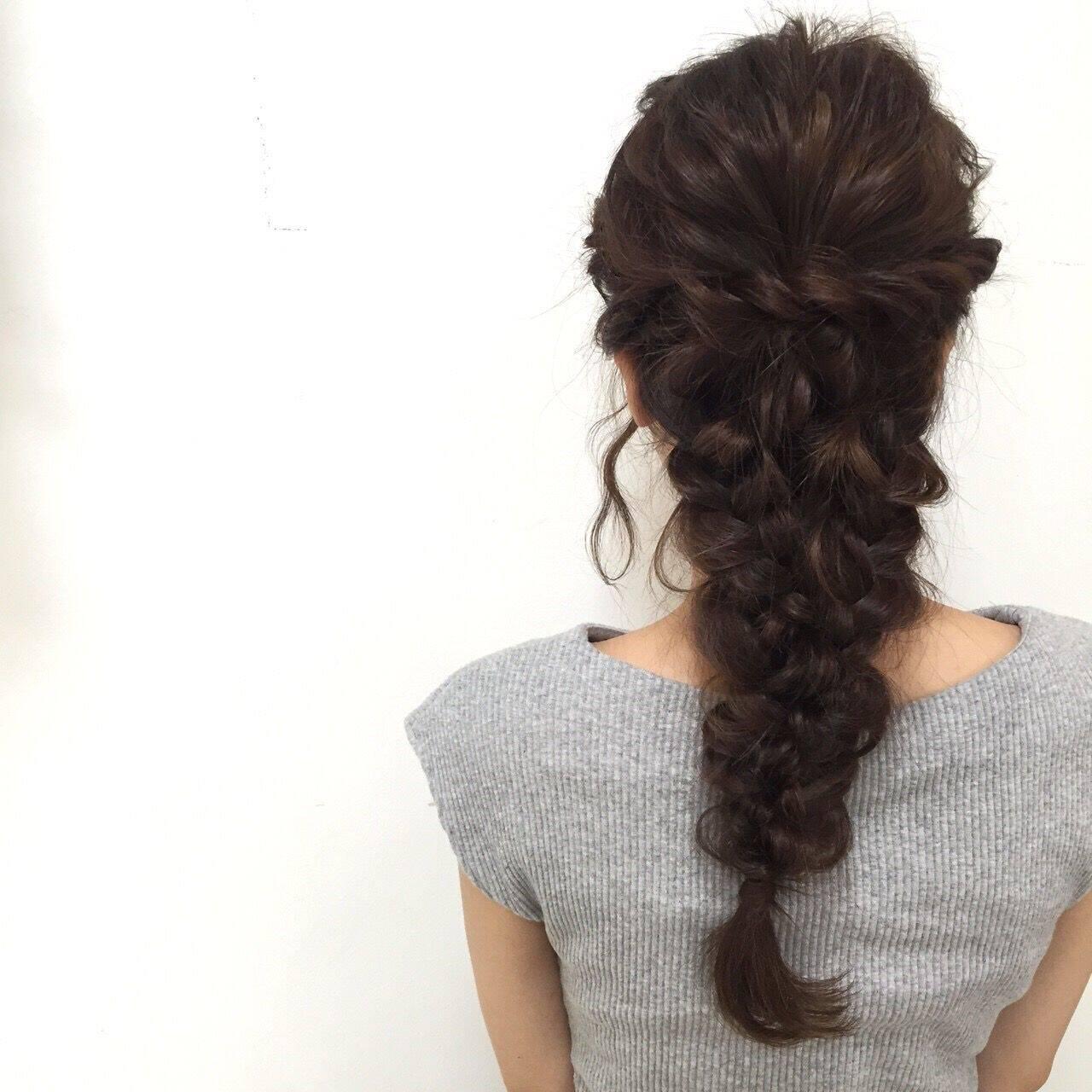 ヘアアレンジ 編み込み フィッシュボーン ゆるふわヘアスタイルや髪型の写真・画像