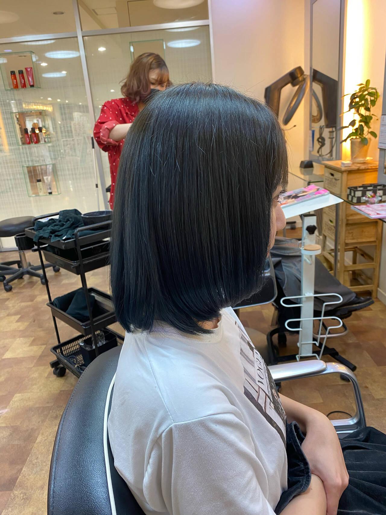 ブルー ブルーグラデーション ネイビーブルー ブルーブラックヘアスタイルや髪型の写真・画像