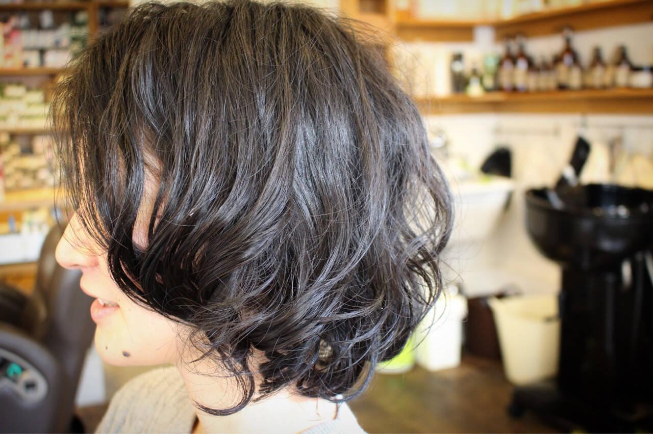 パーマ くせ毛風 外国人風 大人かわいいヘアスタイルや髪型の写真・画像