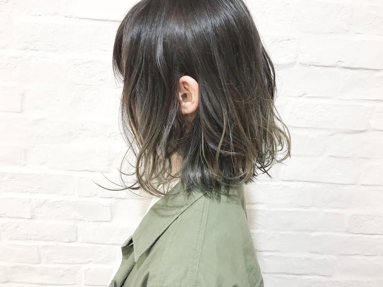 グラデーションカラー ボブ 暗髪 ナチュラルヘアスタイルや髪型の写真・画像