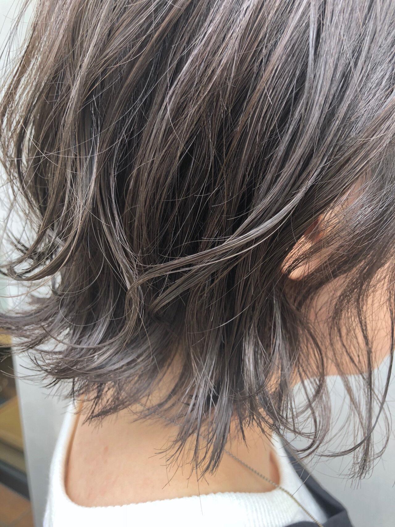 ナチュラル アンニュイほつれヘア ボブ 切りっぱなしボブヘアスタイルや髪型の写真・画像