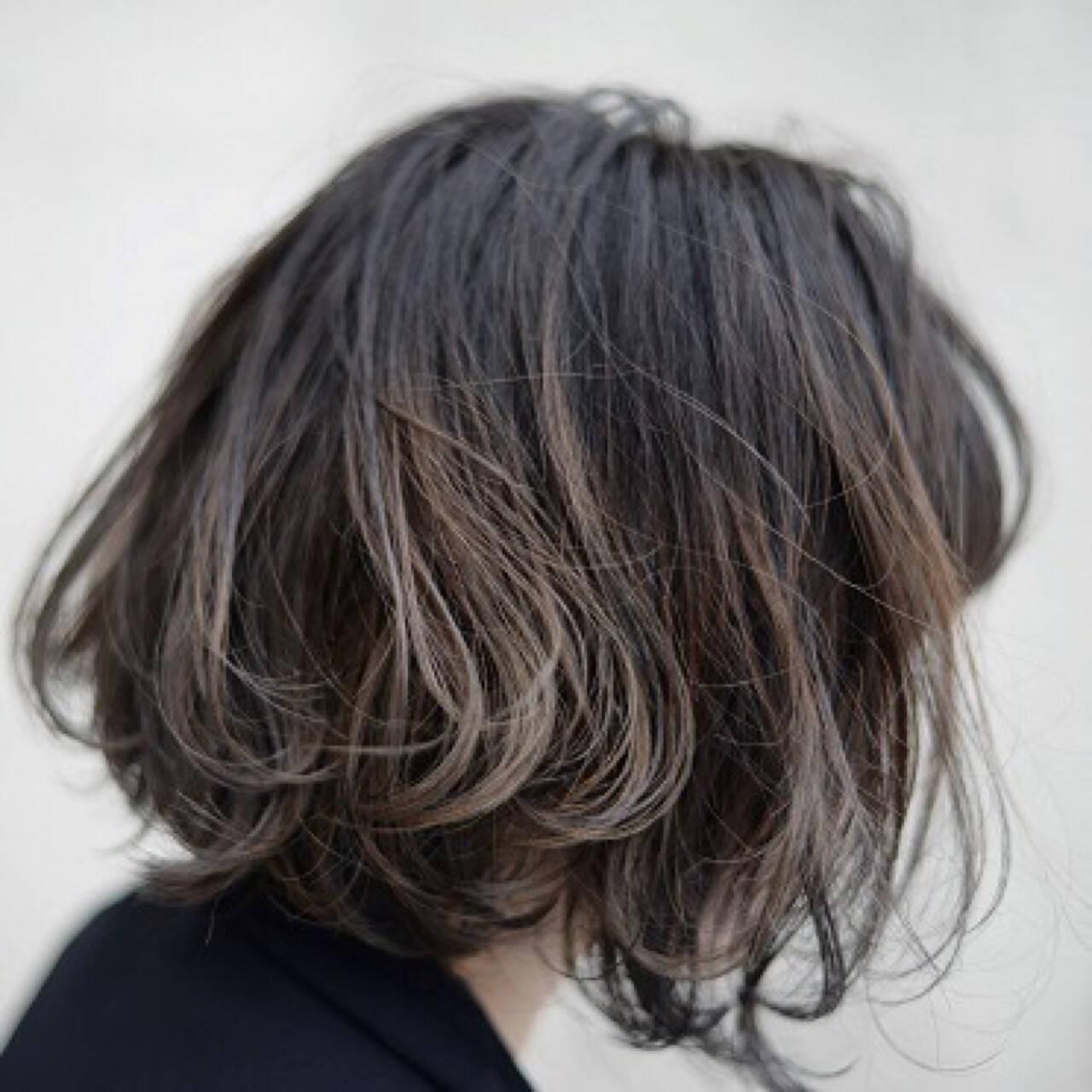 グラデーションカラー ハイライト ボブ 色気ヘアスタイルや髪型の写真・画像