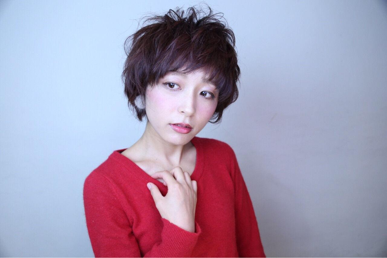 フェミニン 小顔 ショート 似合わせヘアスタイルや髪型の写真・画像