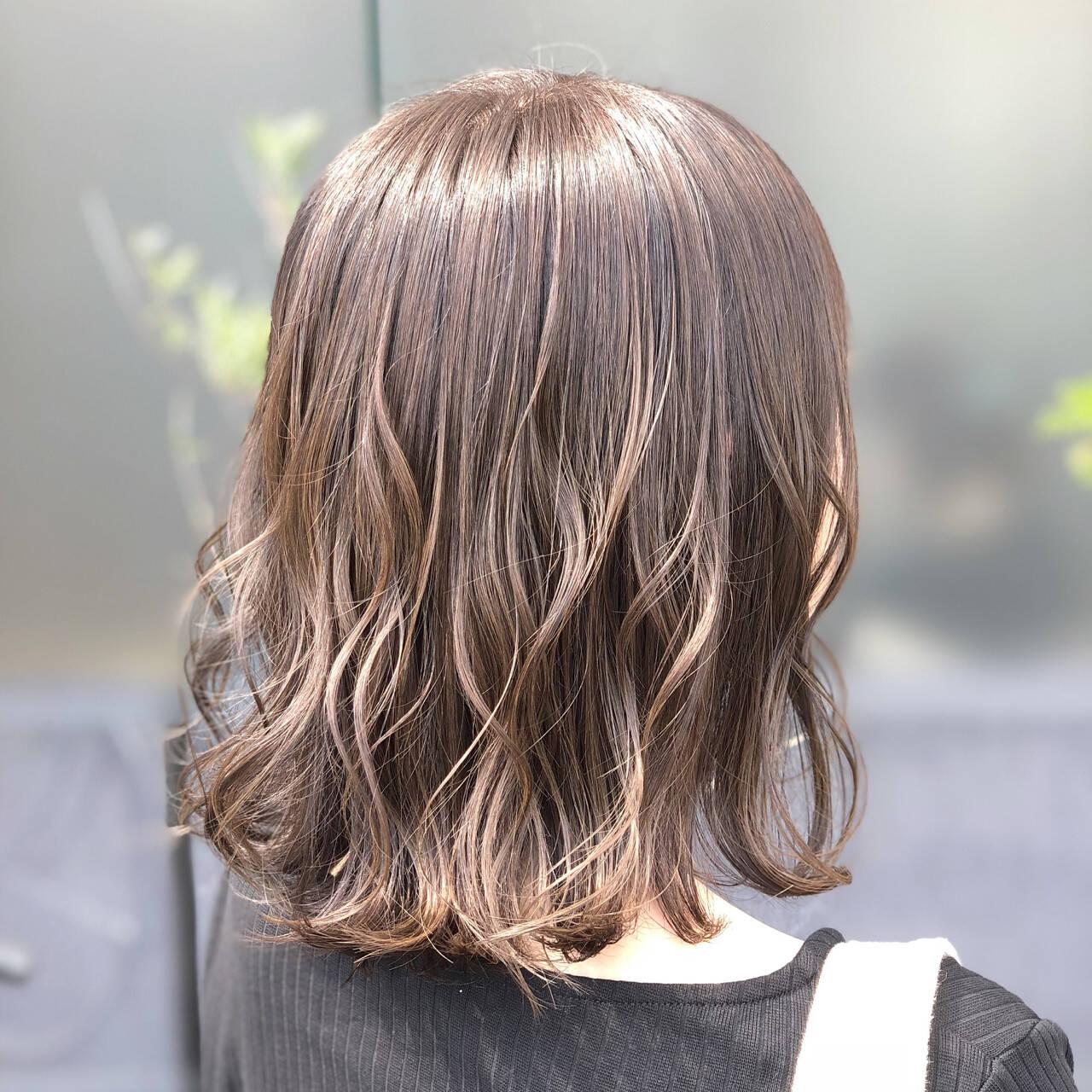 ゆるふわ 女子力 ウェーブ アウトドアヘアスタイルや髪型の写真・画像
