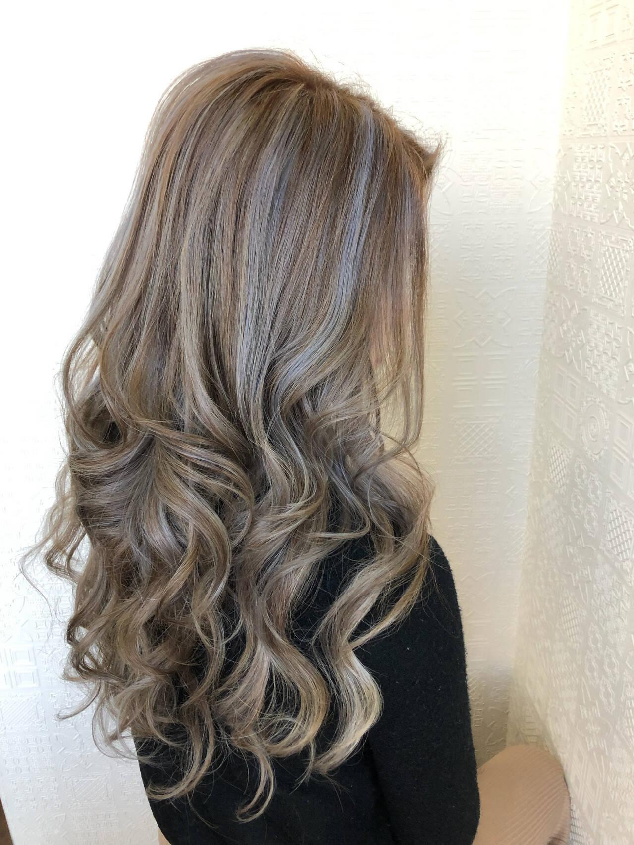 ギャル エクステ ハイライト ブリーチヘアスタイルや髪型の写真・画像