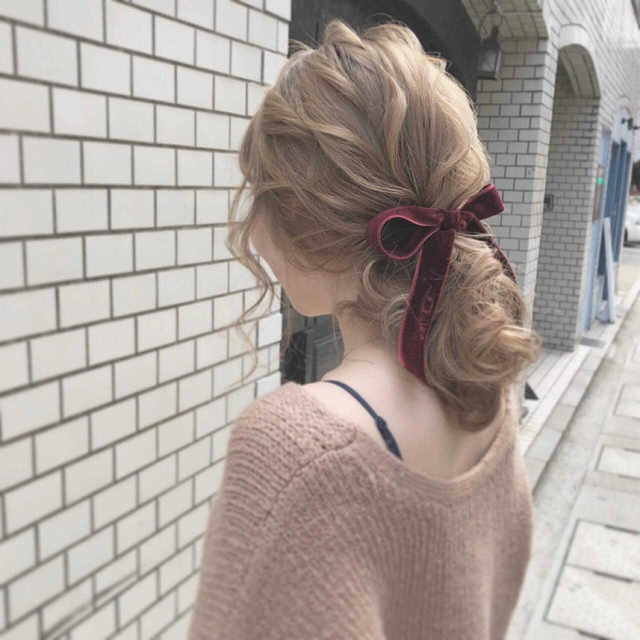 ポニーテール セミロング 大人かわいい ガーリーヘアスタイルや髪型の写真・画像