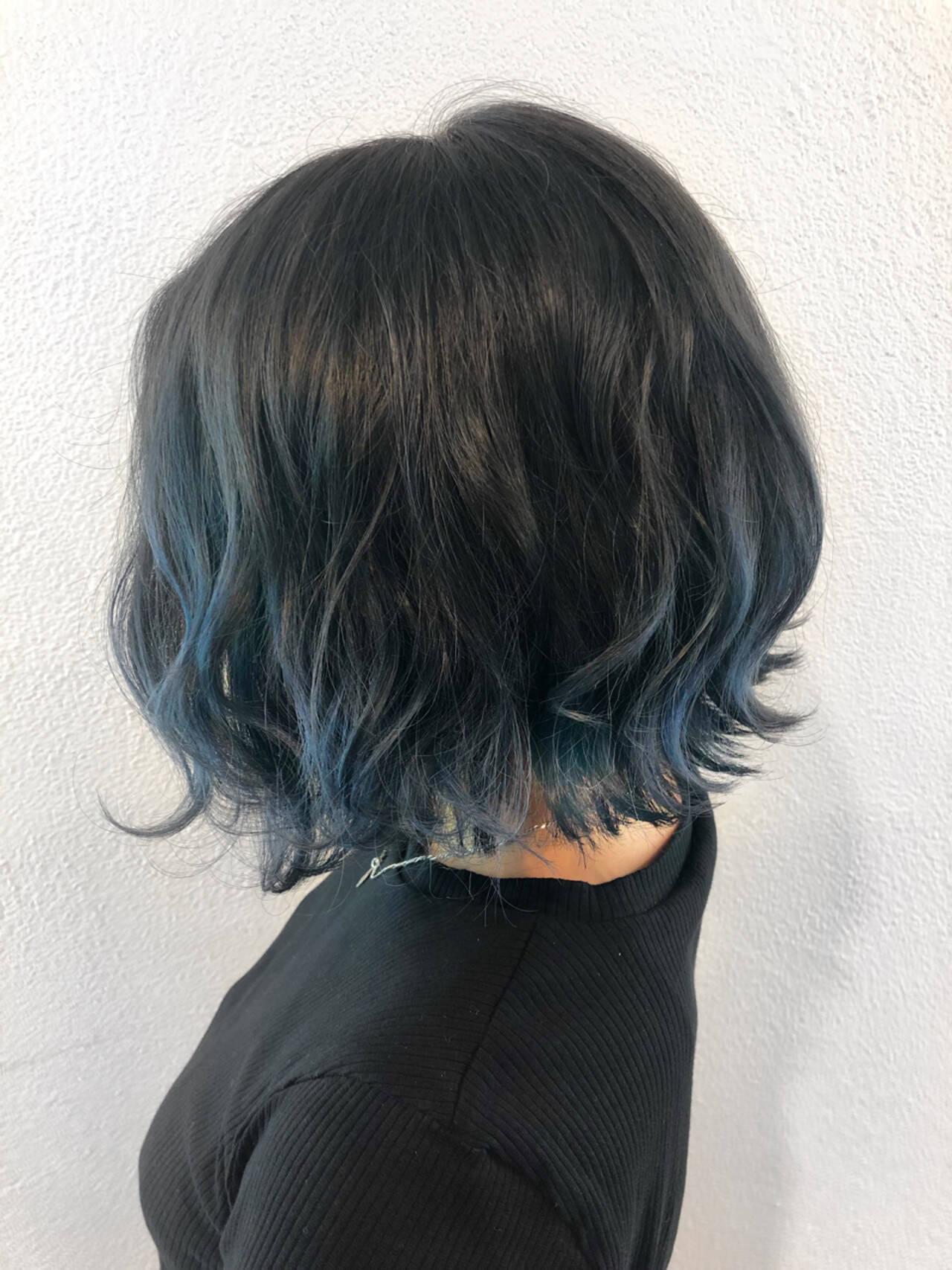 透明感 ボブ モード ネイビーヘアスタイルや髪型の写真・画像