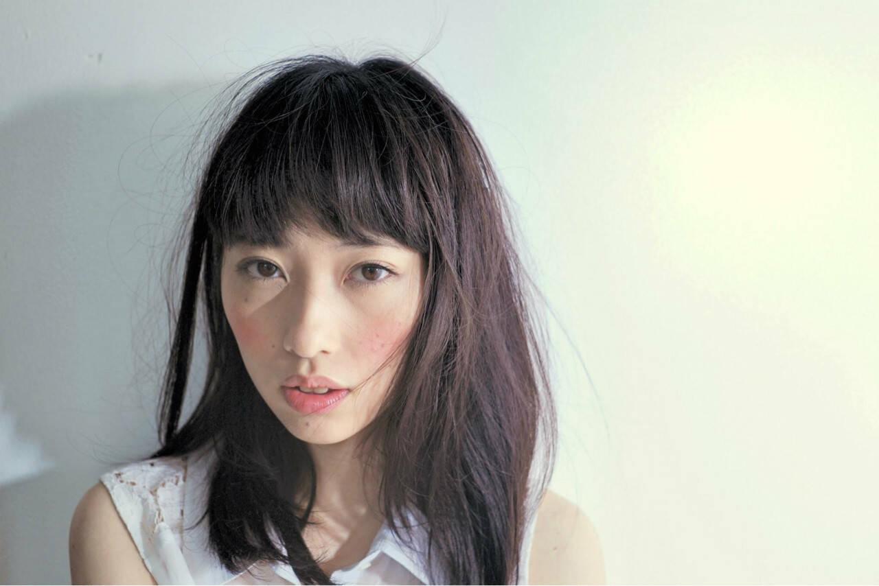 セミロング ニュアンス 小顔 パーマヘアスタイルや髪型の写真・画像