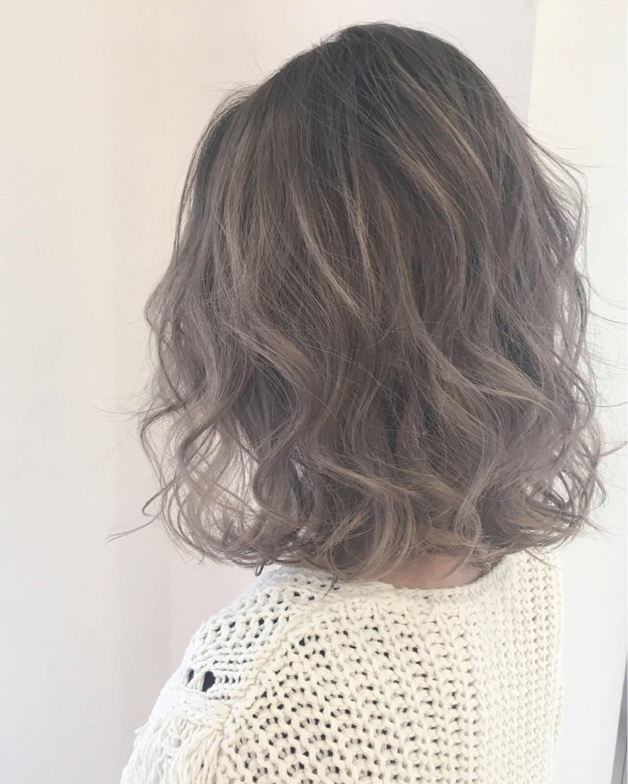 ストリート ミディアム ハイライト ニュアンスヘアスタイルや髪型の写真・画像