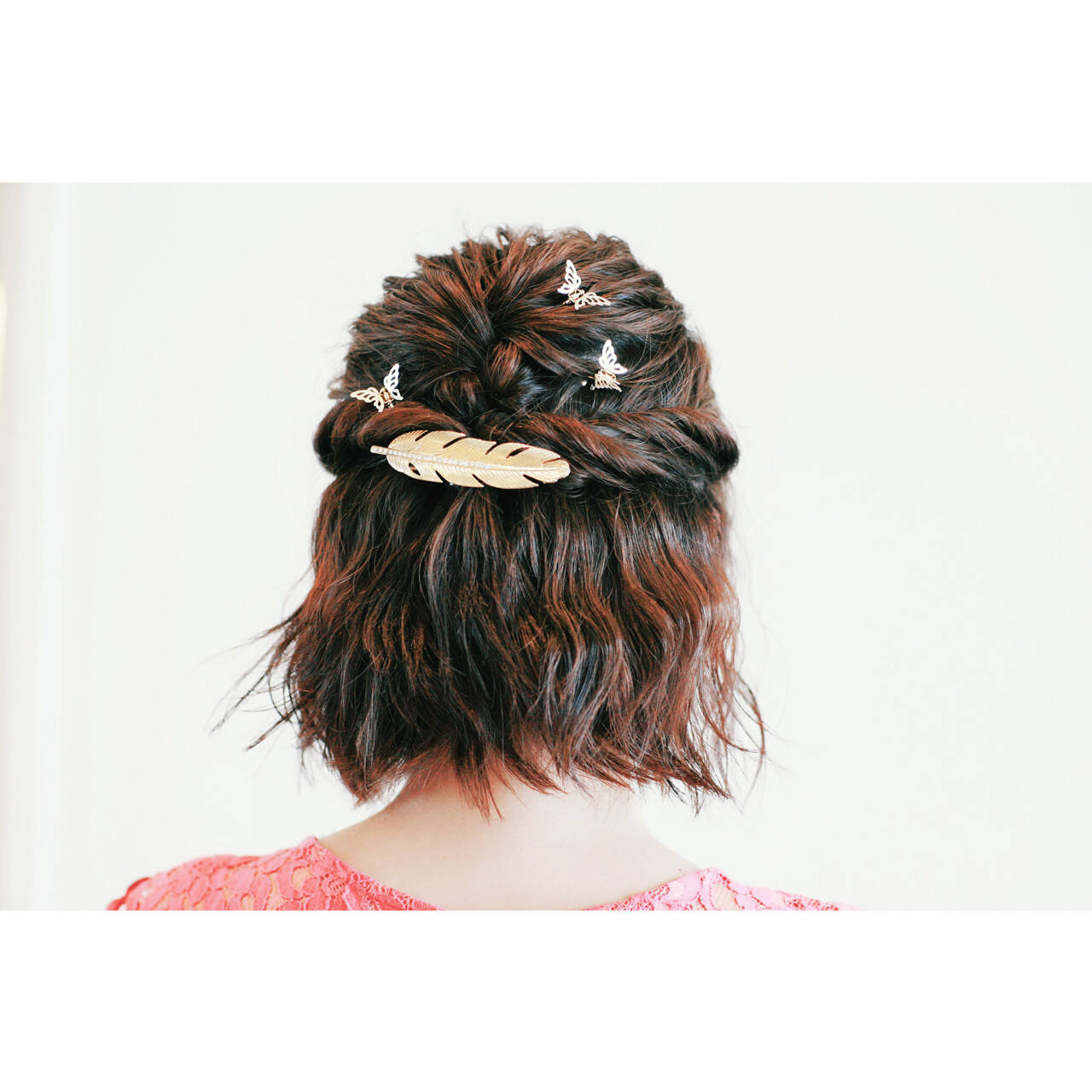 ハーフアップ ボブ ヘアアレンジ 波ウェーブヘアスタイルや髪型の写真・画像
