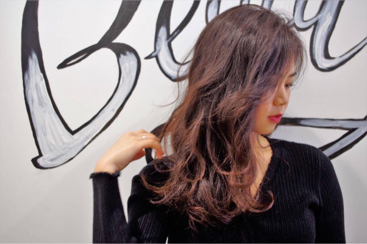 パーマ エレガント 上品 オフィスヘアスタイルや髪型の写真・画像
