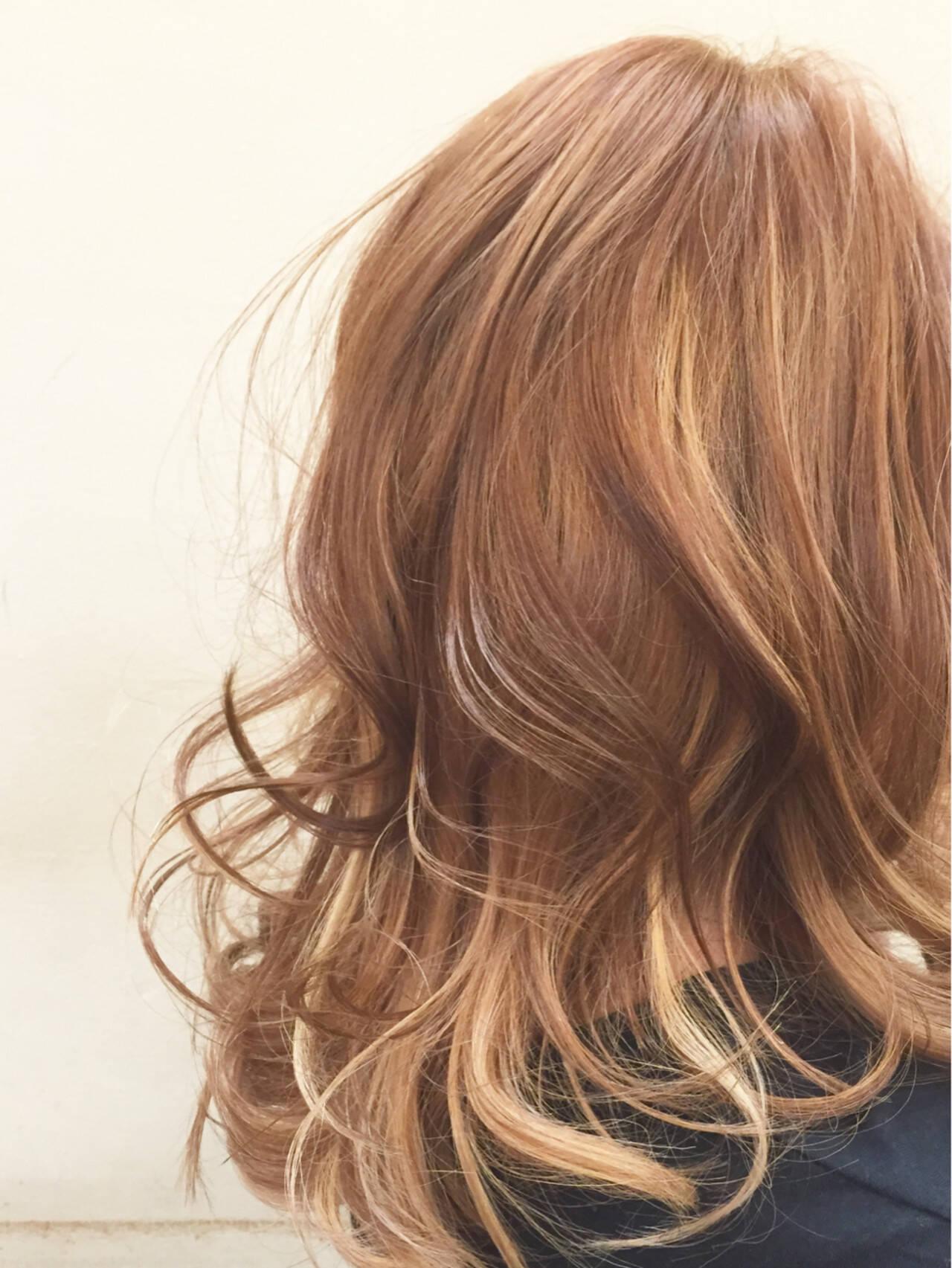 セミロング 抜け感 外国人風 ストリートヘアスタイルや髪型の写真・画像
