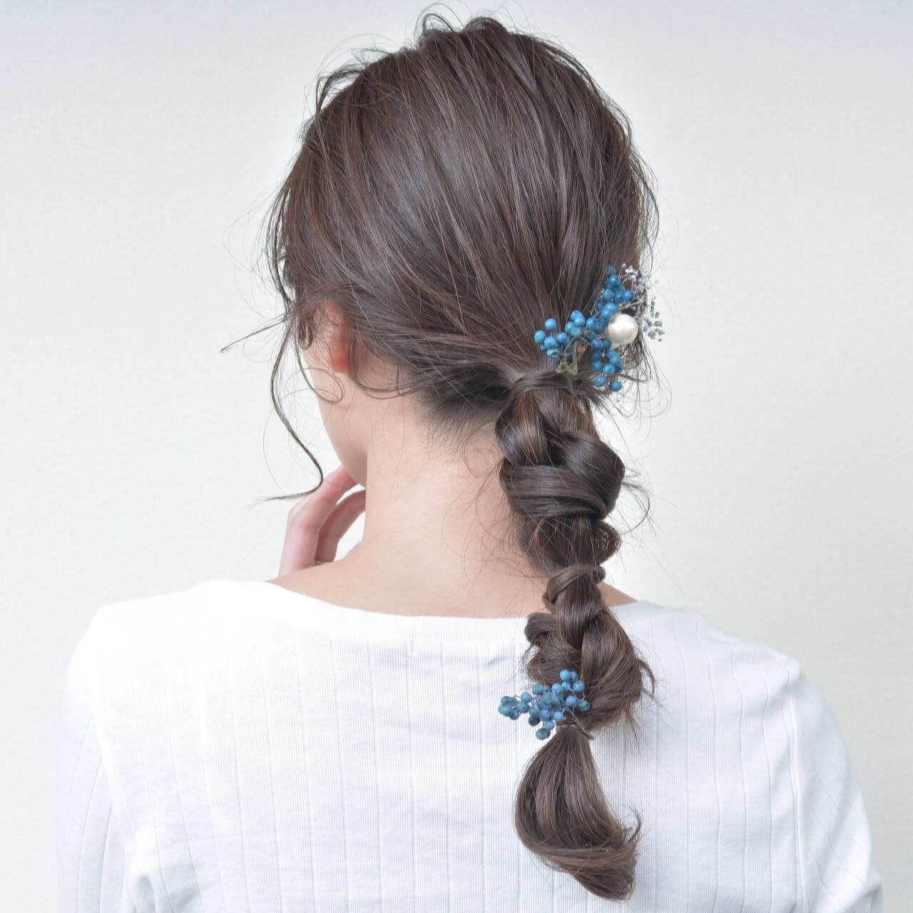 セミロング 編みおろし 大人ロング ヘアアレンジヘアスタイルや髪型の写真・画像
