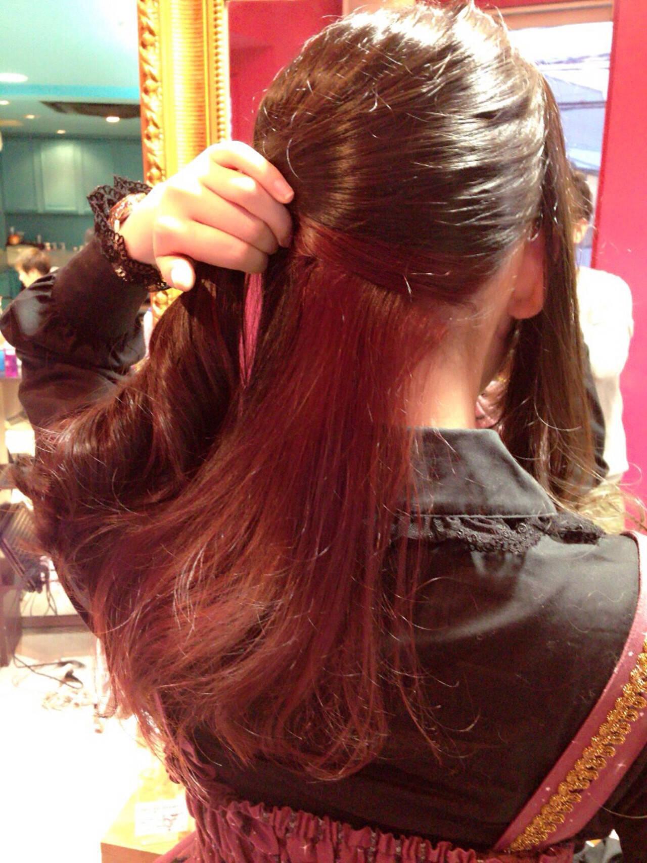 インナーカラー ハイライト ロング ガーリーヘアスタイルや髪型の写真・画像