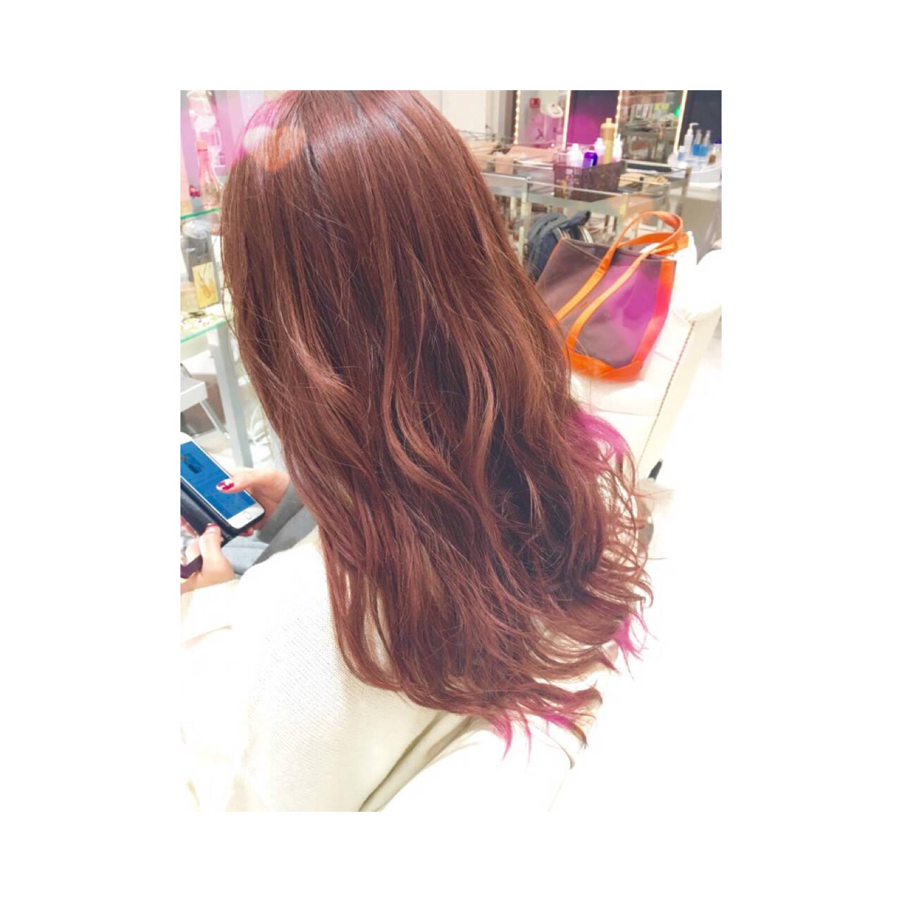 イルミナカラー ロング ベージュ ピンクヘアスタイルや髪型の写真・画像