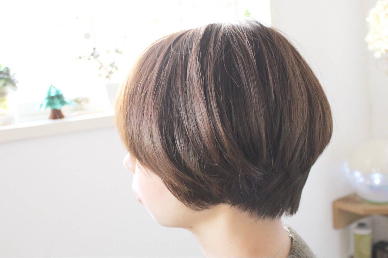 小顔 大人女子 アッシュ マッシュヘアスタイルや髪型の写真・画像