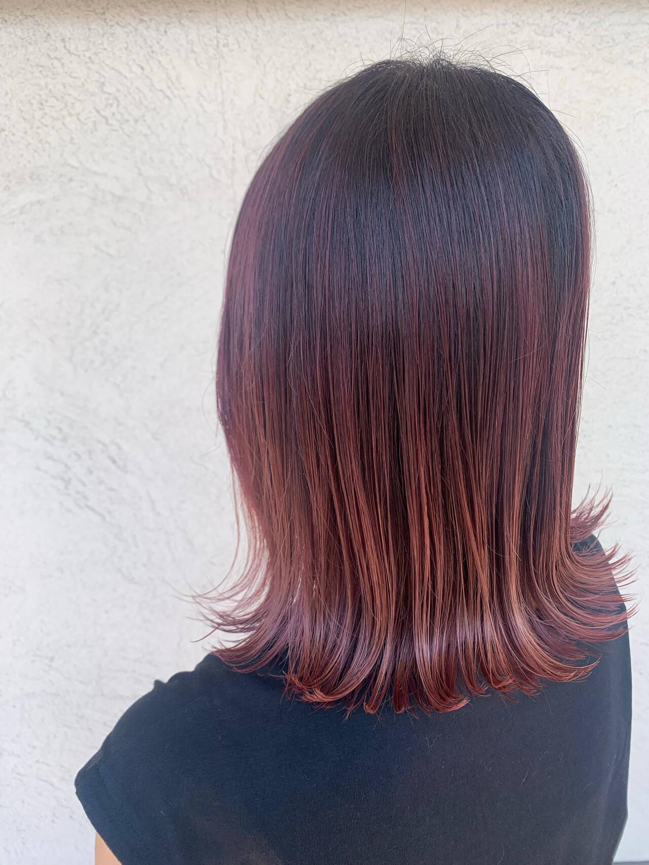 バレイヤージュ ピンク ミディアム モードヘアスタイルや髪型の写真・画像