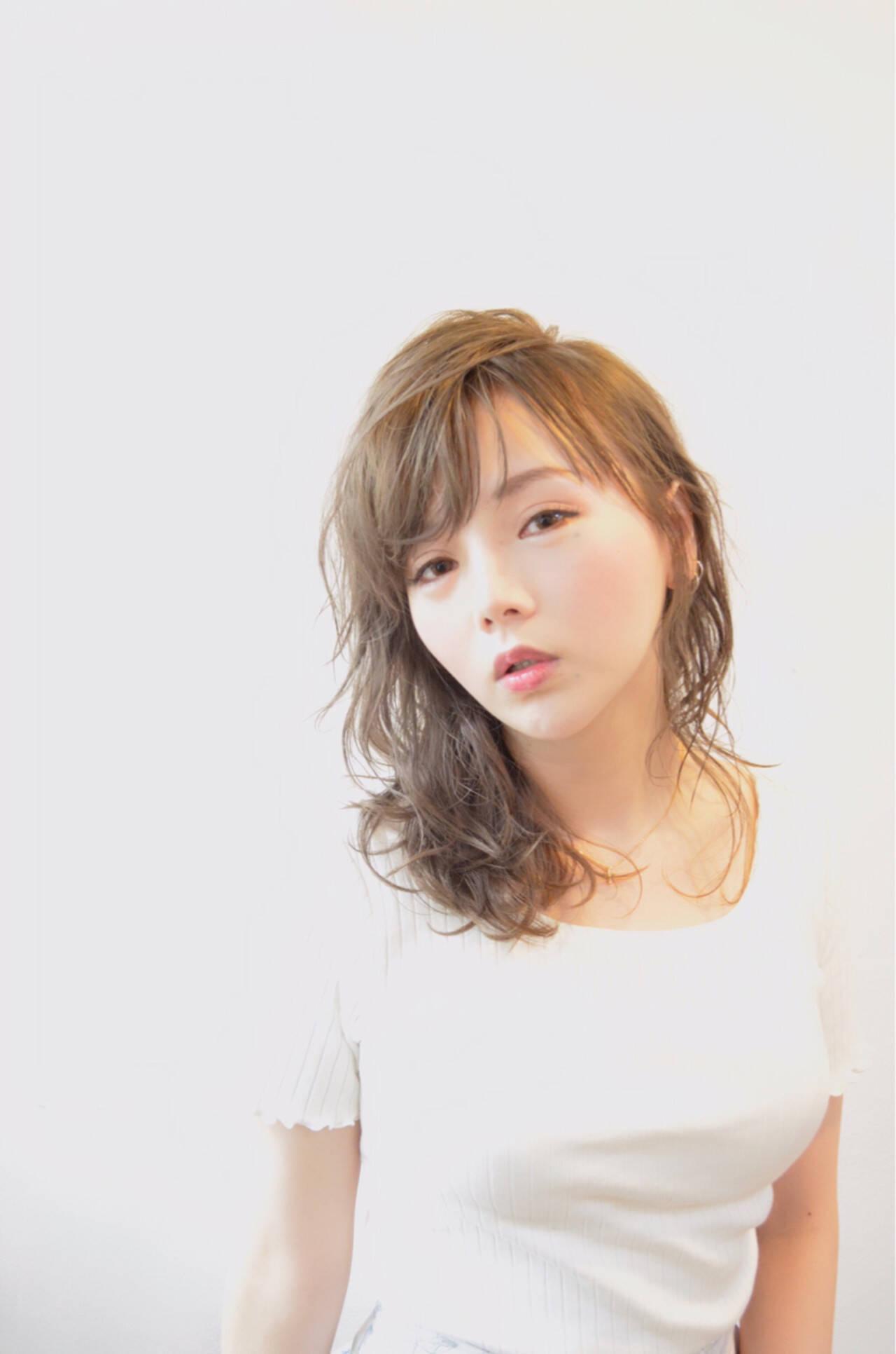 ミディアム 秋 オフィス 女子会ヘアスタイルや髪型の写真・画像