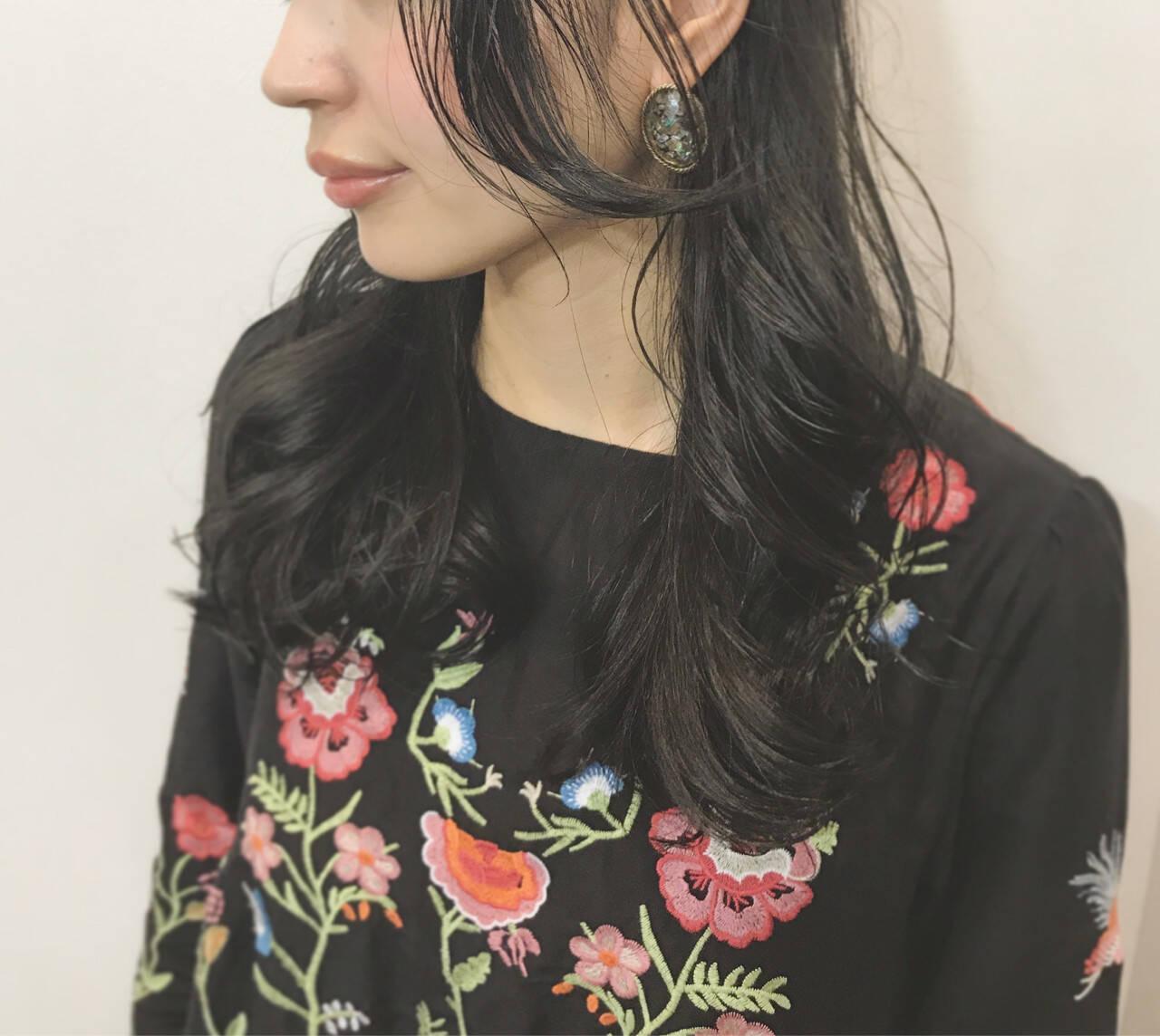 ハイライト オフィス セミロング 外国人風ヘアスタイルや髪型の写真・画像