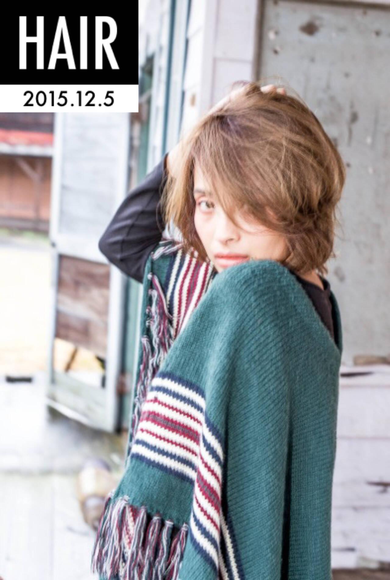ストリート アッシュ ナチュラル 外国人風ヘアスタイルや髪型の写真・画像