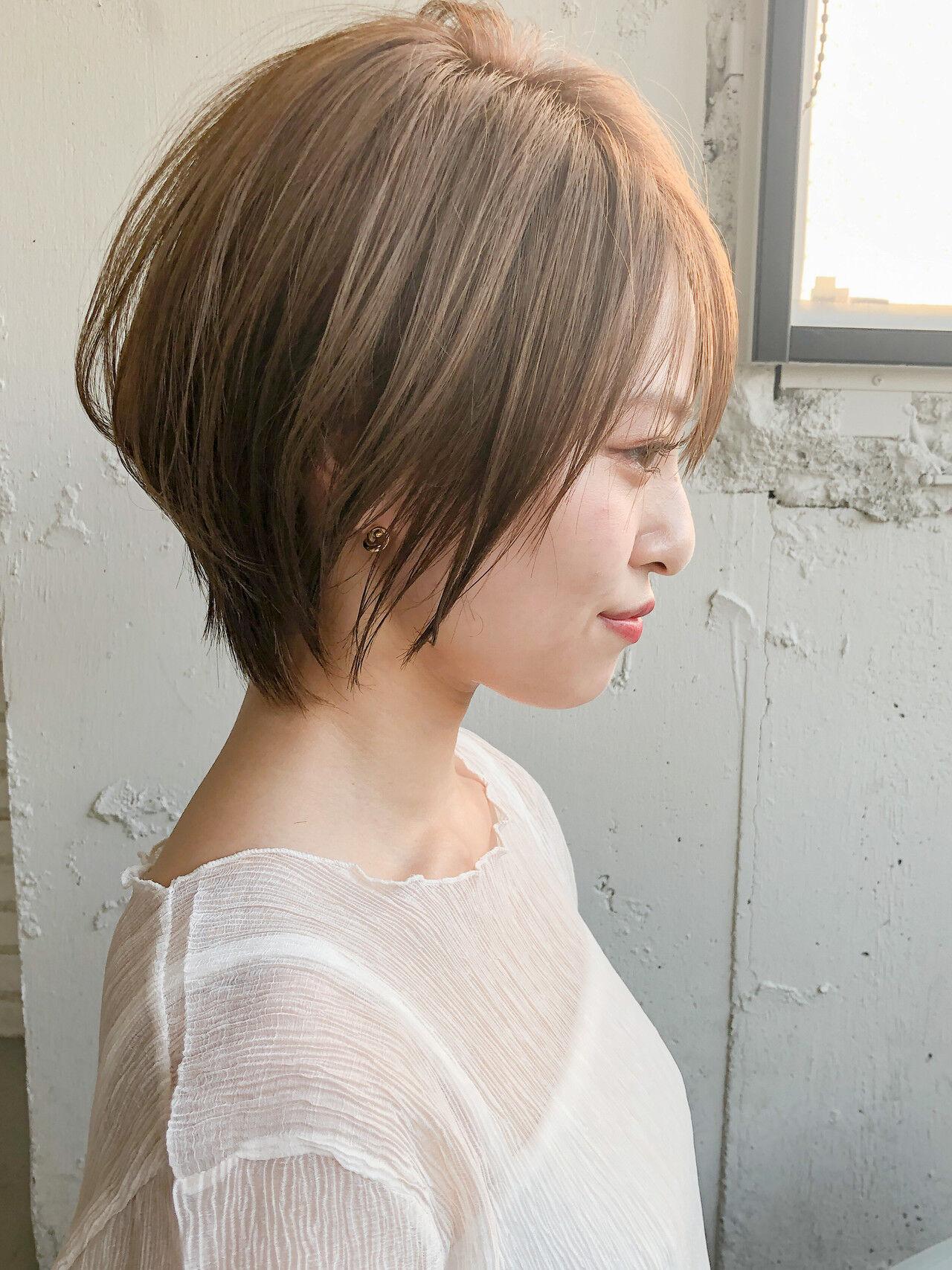 ショート ひし形シルエット ショートボブ ナチュラルヘアスタイルや髪型の写真・画像