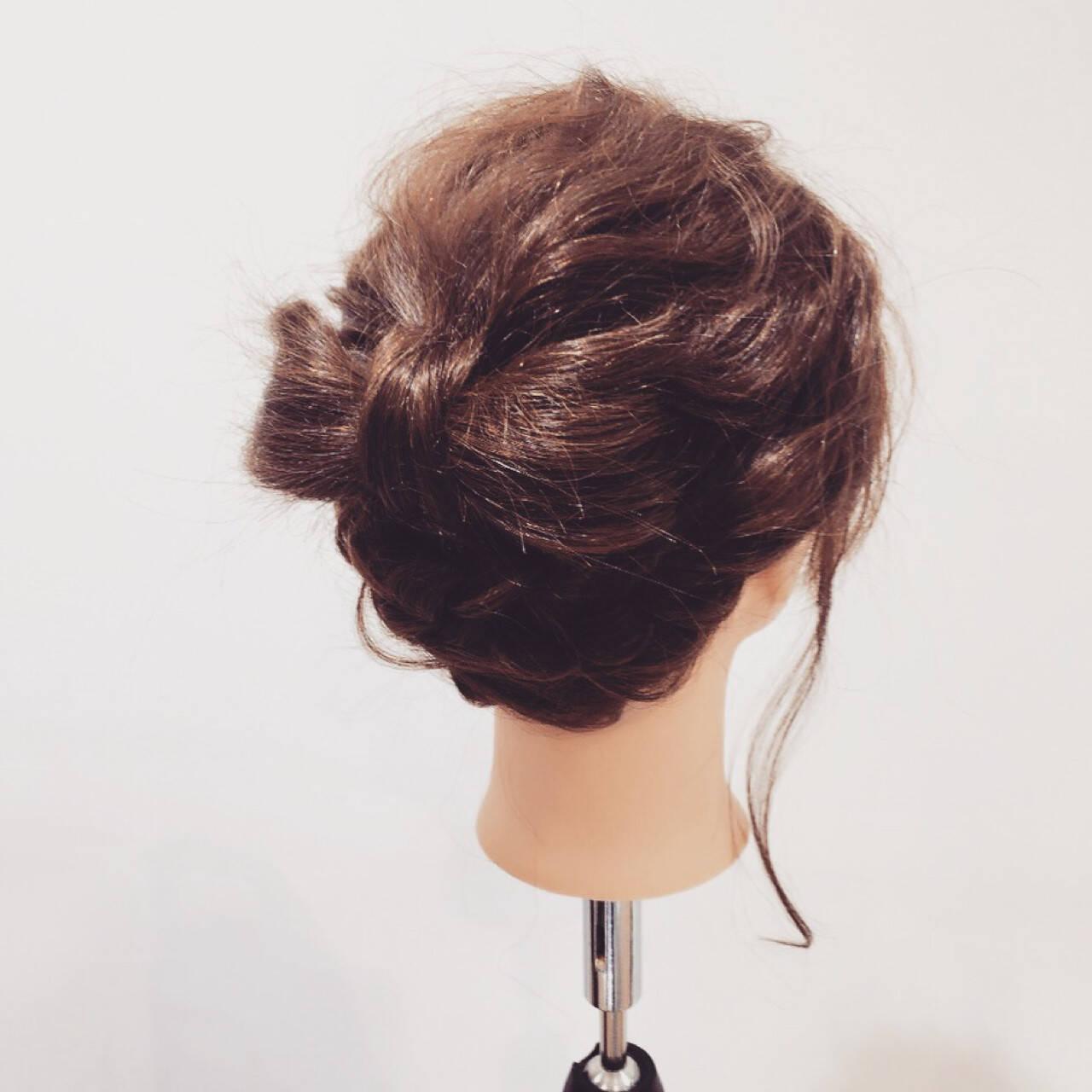 簡単ヘアアレンジ ヘアアレンジ セミロング ショートヘアスタイルや髪型の写真・画像