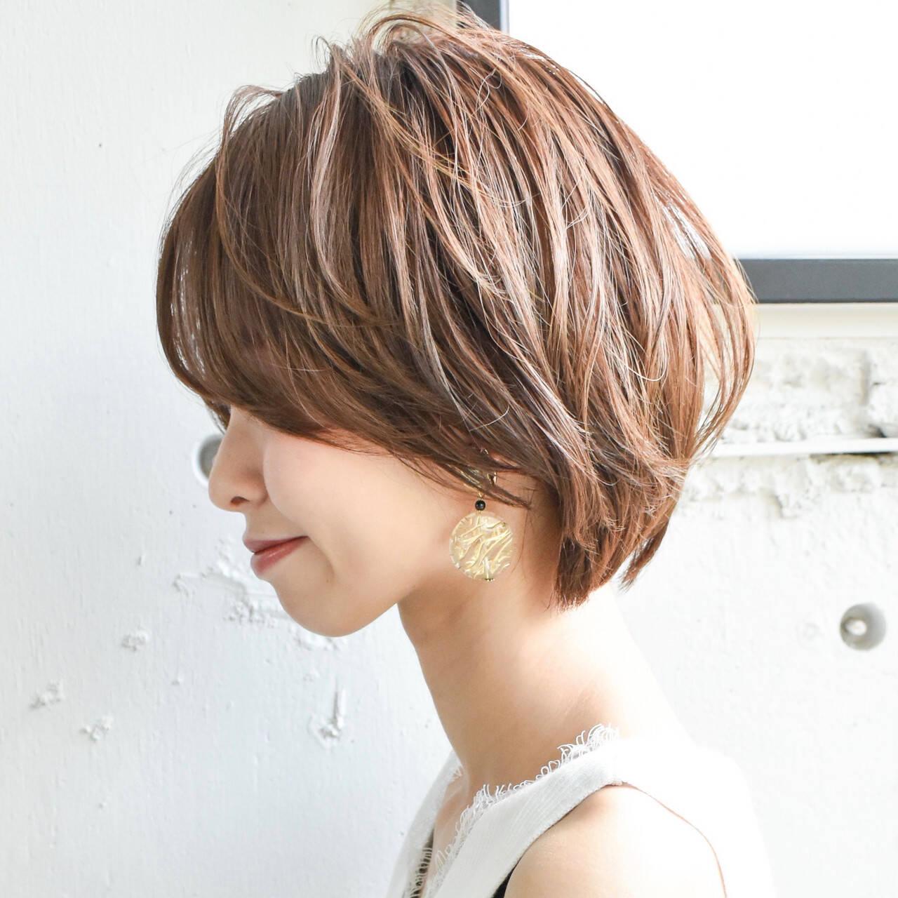 パーティ インナーカラー アンニュイほつれヘア マッシュショートヘアスタイルや髪型の写真・画像