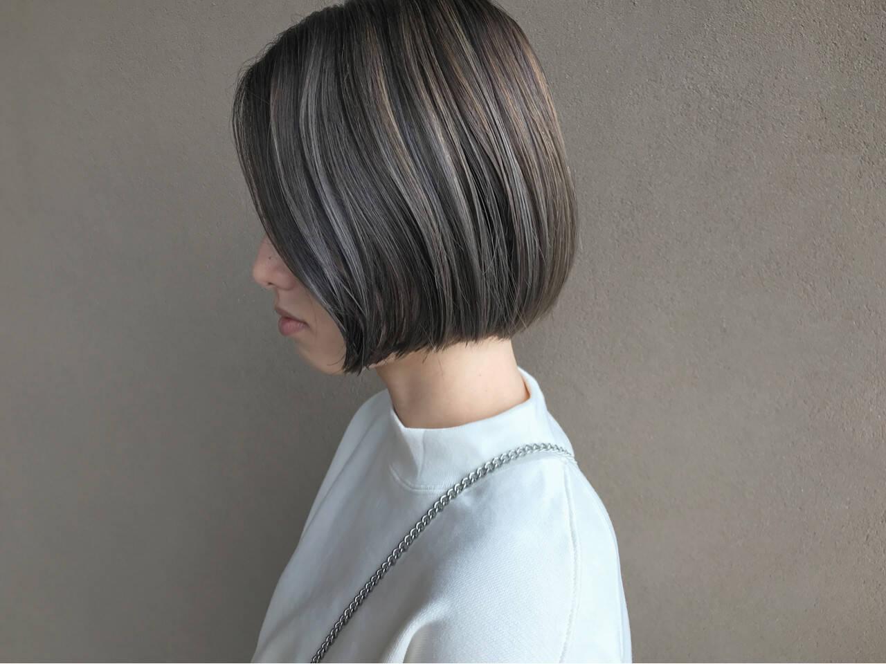 ショートボブ ハイライト ショート ナチュラルヘアスタイルや髪型の写真・画像