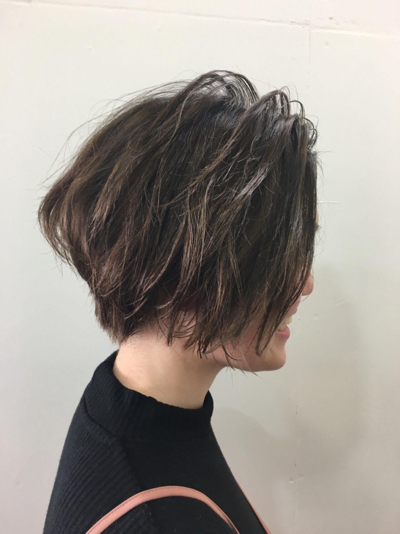 ボブ ハイライト モード ショートボブヘアスタイルや髪型の写真・画像