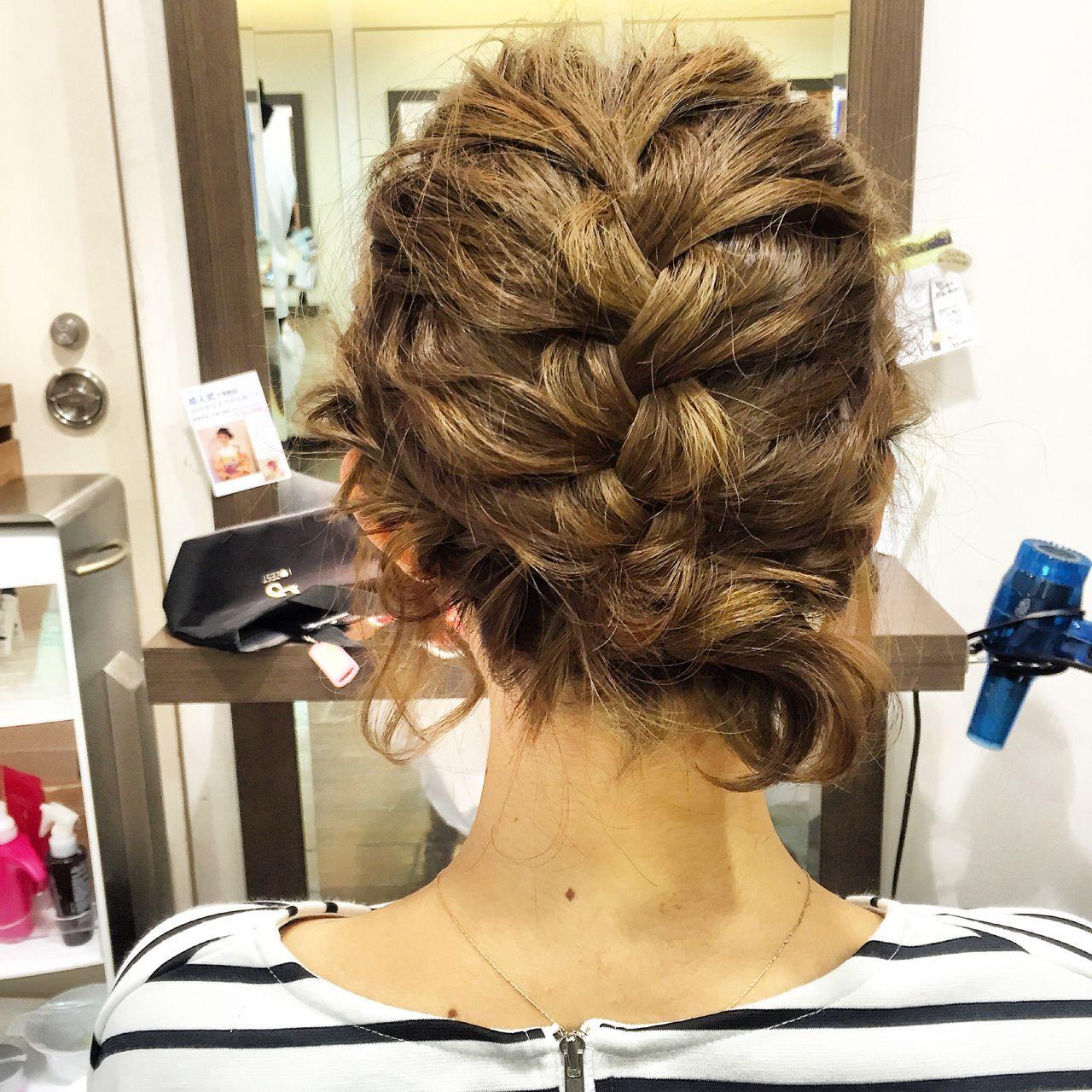 編み込み まとめ髪 簡単ヘアアレンジ ショートヘアスタイルや髪型の写真・画像