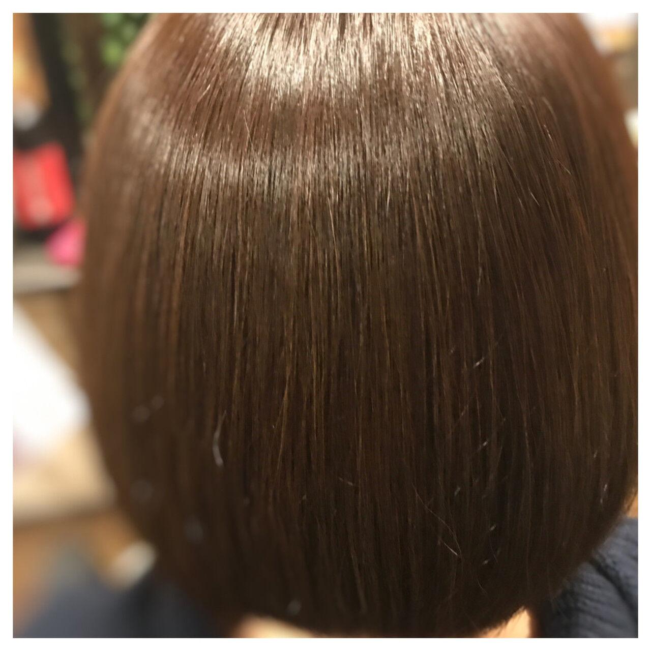 艶髪 ホワイト 大人女子 ナチュラルヘアスタイルや髪型の写真・画像
