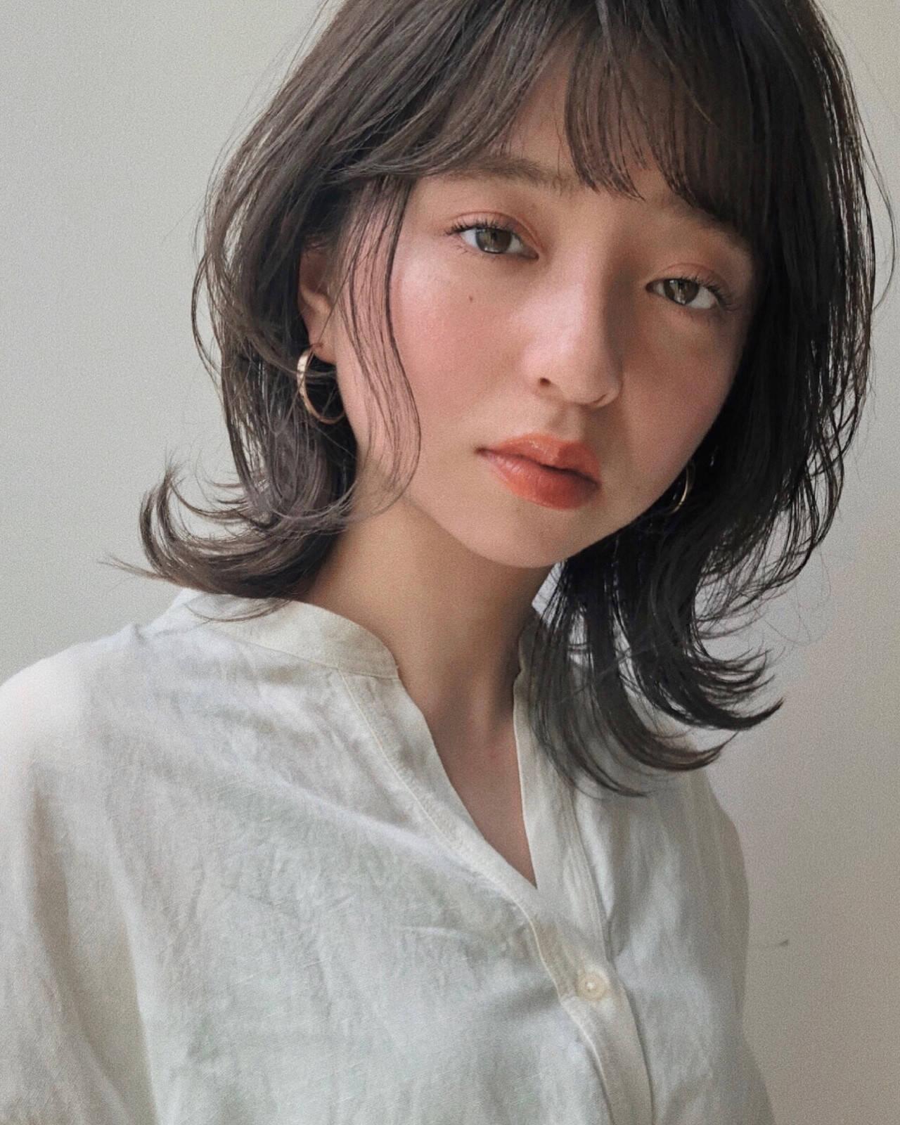 アンニュイほつれヘア ミディアム シースルーバング 前髪ヘアスタイルや髪型の写真・画像