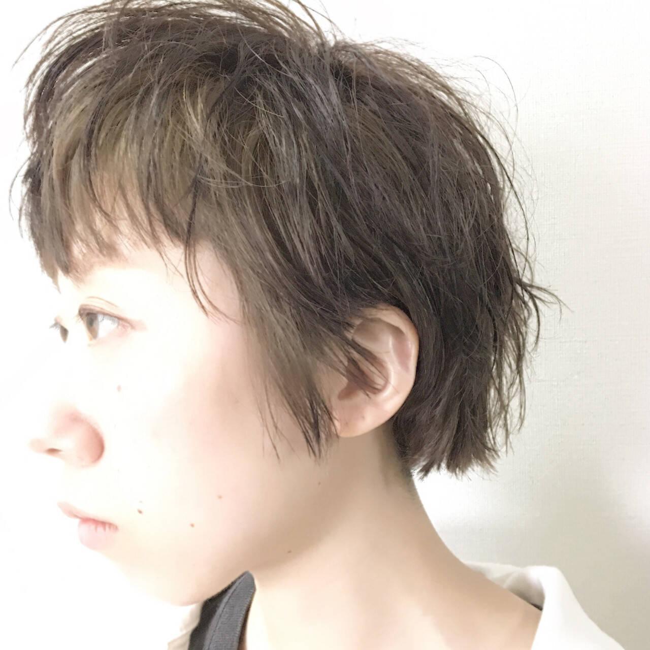 夏 パーマ ショート アッシュヘアスタイルや髪型の写真・画像