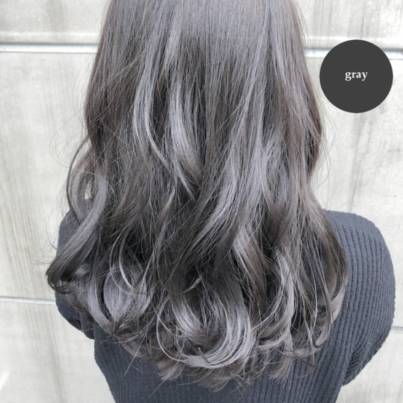 ナチュラル ウルフカット インナーカラー ショートボブヘアスタイルや髪型の写真・画像